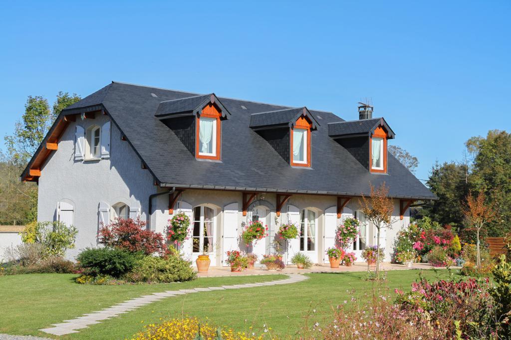 b ticomminges constructeur de maison tarbes auch cazeres lannemezan et saint gaudens. Black Bedroom Furniture Sets. Home Design Ideas